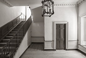 Interior of the James Brice House. Photograph by Willie Graham.